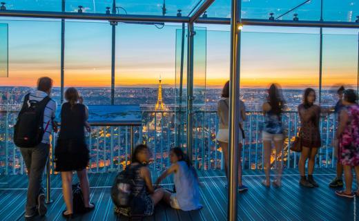visiter Paris la nuit